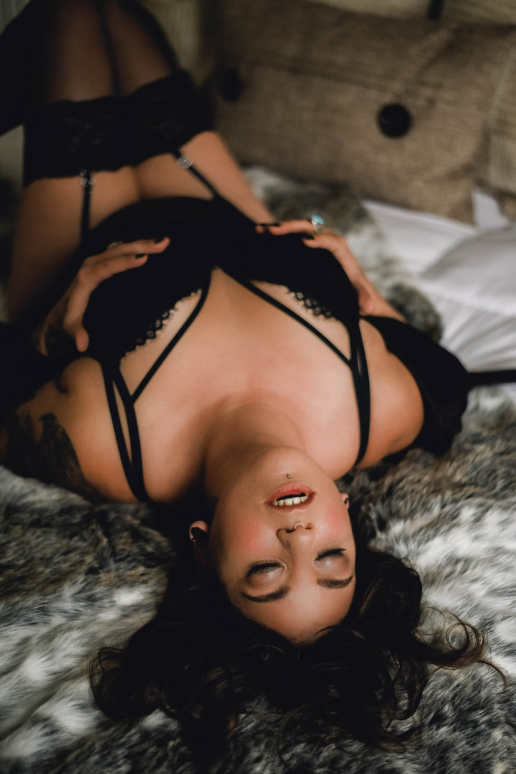 3 things women worry about before their boudoir session in Toronto | Boudoir Photographer